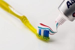 歯磨き粉で匂い消し