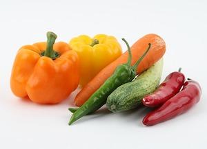 ニンジン・きゅうりなどの野菜