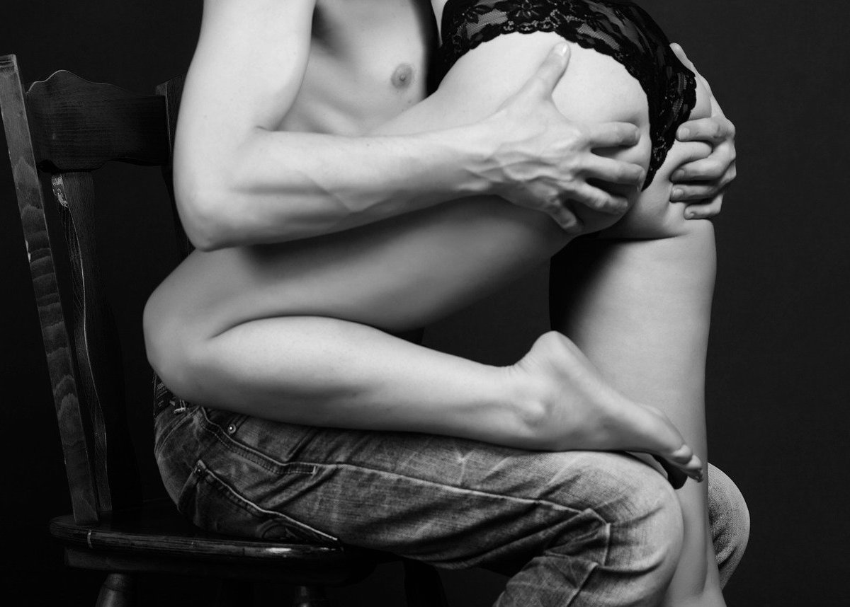 男女のセックスプレイ